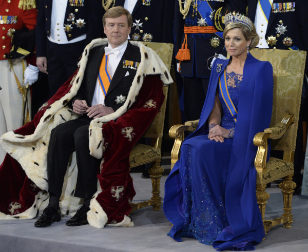 Queen-Maxima-of-the-Netherlands-Jan-Taminiau-Investiture-of-Willem-Alexander-of-the-Netherlands-2-600x491